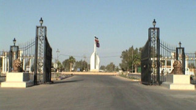 ساکنان اردوگاه اشرف می گویند که با خروج نیروهای آمریکایی از عراق، جانشان در خطر است