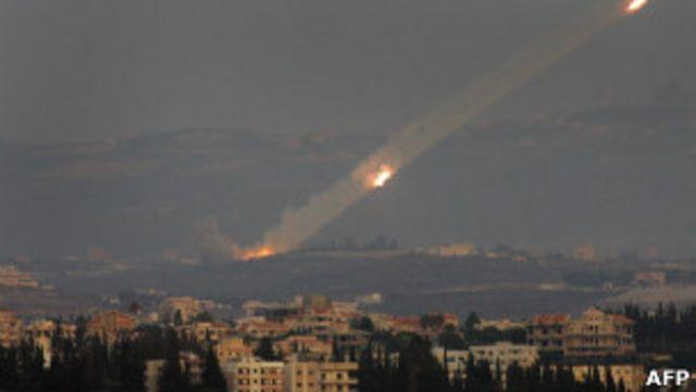 اطلاق صاروخ كاتيوشا من لبنان على اسرائيل 2006