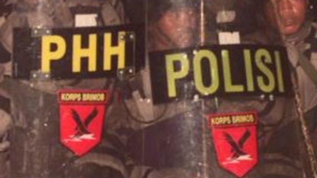 Polda Aceh mulai menggelar patroli untuk mengamankan pekerja bangunan pendatang, menyusul kasus penembakan terhadap mereka.