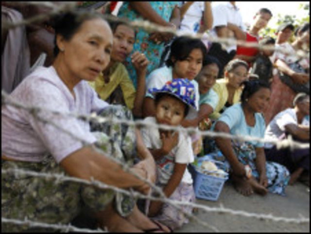 Prisoners' families are waiting outside Insein prison