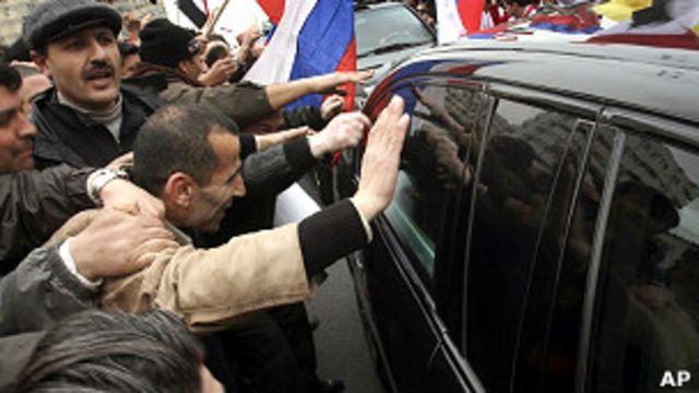 Жители Дамаска во время визита Сергея Лаврова