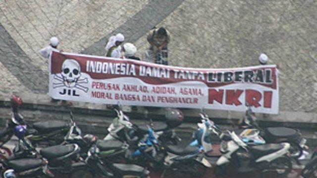 Protes FPI