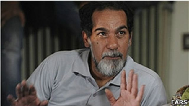 سعید سهیلی گفته است که قصد دارد در اعتراض به توقف فیلمش تمامی کپی های فیلم و پولهایی که از این راه کسب شده را مقابل وزارت ارشاد به آتش بکشد