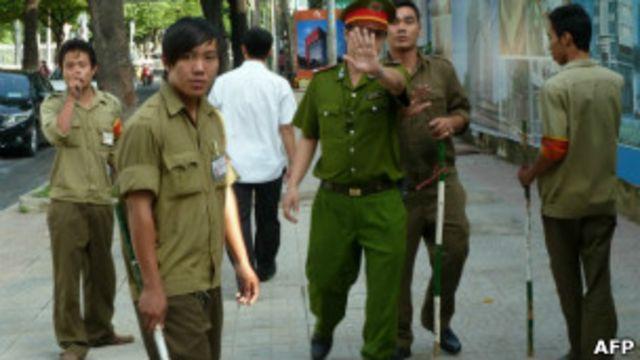 Ổn định ở Việt Nam nhiều khi được định nghĩa theo nhãn quan của lực lượng an ninh