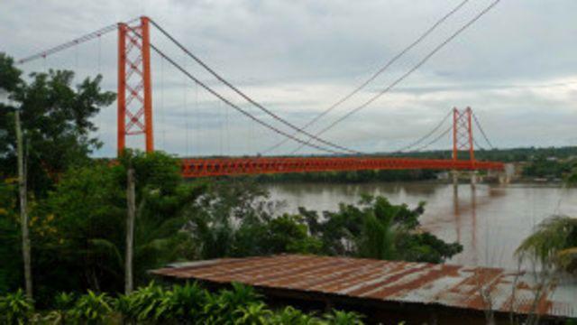 Obra binacional (Foto: BBC Brasil)