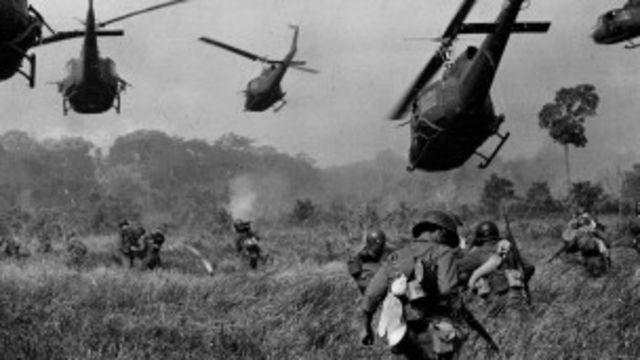Trước 1976, Việt Nam có hai quốc gia khác biệt trong tình trạng chiến tranh