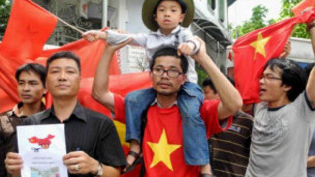 Chính quyền Việt Nam vẫn có khả năng hóa giải các phong trào 'ngoài luồng'