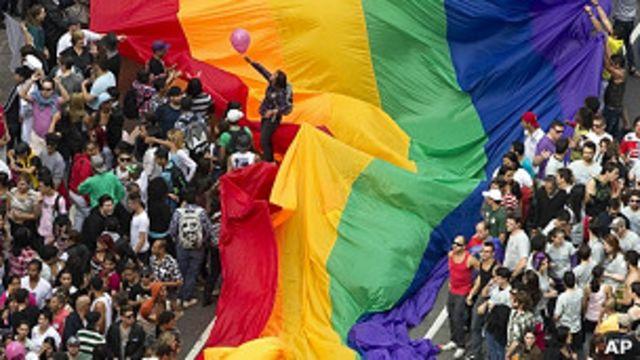 Marcha del orgullo gay en Sao Paulo