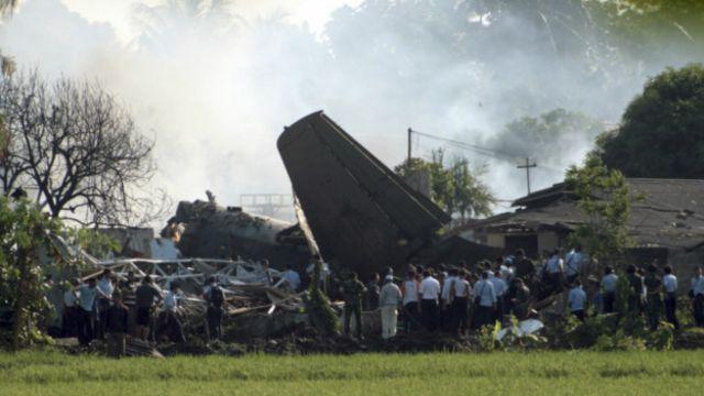 Selama tiga tahun terakhir, terdapat empat pesawat milik TNI AU yang jatuh atau terbakar. Salah satunya, pesawat Fokker F-27 yang jatuh di dekat Lanud Halim Perdanakusuma, 2012 lalu.