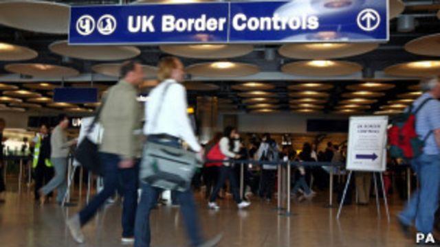 公开信敦促卡梅伦使用欧盟法律中的保障条款,将限制措施延长到2018年。