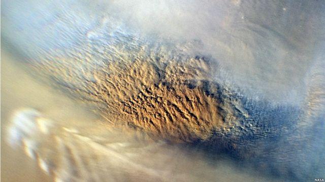 Nube de polvo sobre Marte