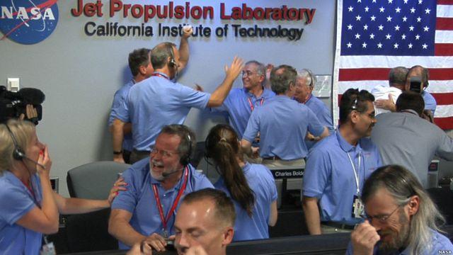 Las dificultades para llegar a la superficie de Marte explican la alegría de los responsables de la misión cuando comprobaron que el Curiosity había descendido con éxito.