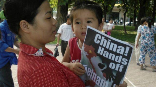 Biểu tình phản đối Trung Quốc nay đã thành một sinh hoạt của người Hà Nội