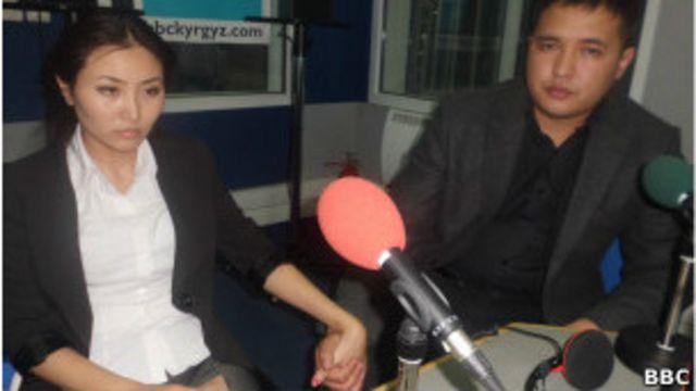Назира Айтбекова, ведущая одного из реалити-шоу на киргизском национальном телевидении, с супругом