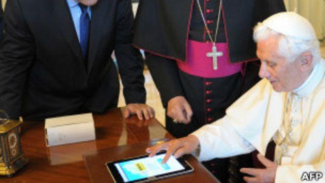 Benedicto XVI ha decidido sumarse a las redes sociales.
