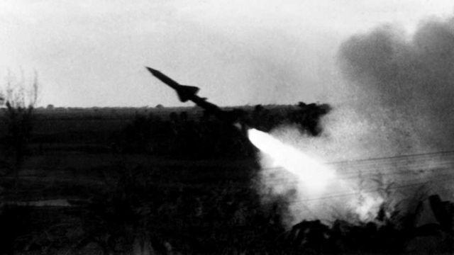 Máy bay Mỹ ném bom Hà Nội, tháng 12/1972