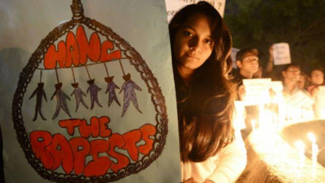 pendemo pemerkosaan india