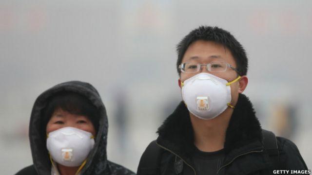 在中國許多人都戴口罩希望能減少吸入空氣中的污染和病菌,或防止感冒互相傳染