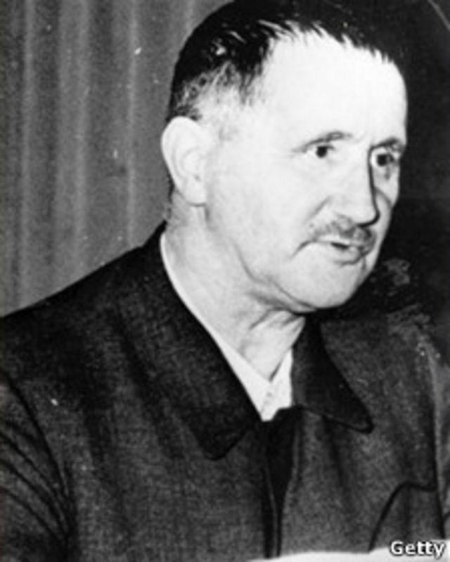 برتولت برشت در ۱۴ اوت ۱۹۵۶ در برلين شرقی درگذشت