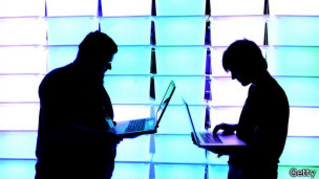 Usuarios de internet en las sombras
