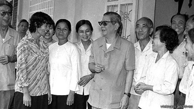 Lãnh đạo Đảng năm 1990 đã đánh mất bản lĩnh và trở nên sợ địch