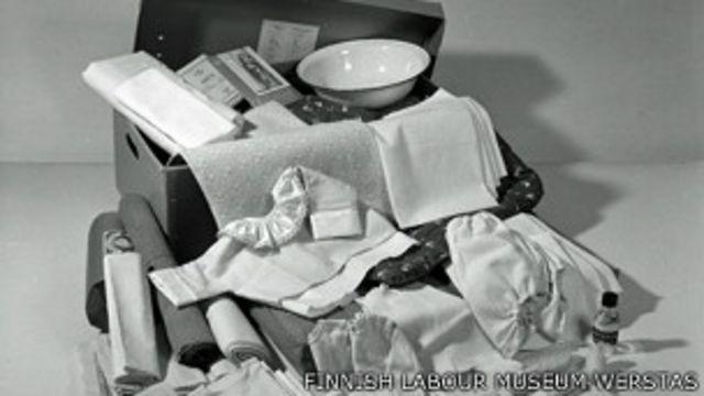 Набор вещей в коробке для младенцев