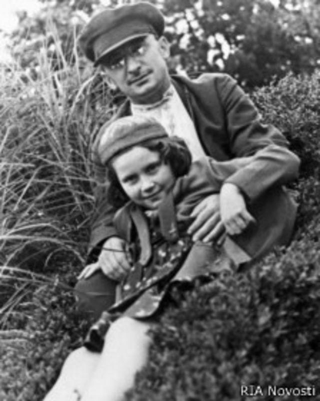 Лаврентий Берия и Светлана Аллилуева (17 сентября 1931 г.)