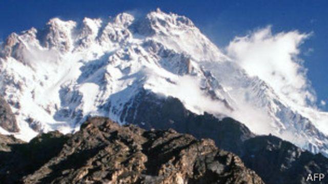 گرفتار کیے جانے والے افراد میں ناگا پربت واقعے میں مطلوب افراد کے رشتہ دار بھی شامل ہیں