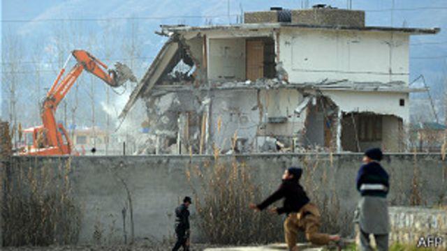 Demolición del complejo de Abbottaba, donde fuerzas de EE.UU. hallaron y dieron muerte a Osama Bin Laden