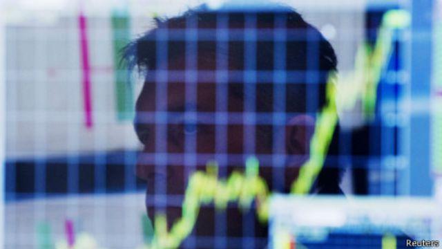 股票經紀觀察股市走向