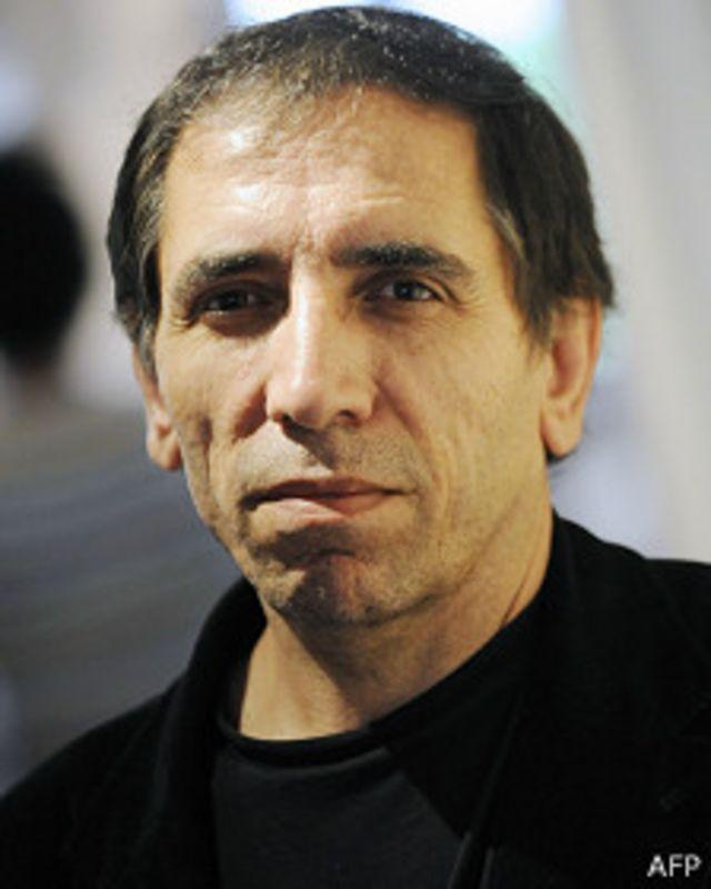 محسن مخملباف در هشت سال گذشته در خارج از ایران زندگی کرده است