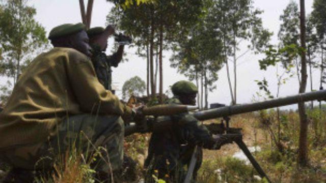 Des soldats congolais près de la localité de  Munigi