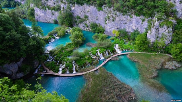 ဒီတပတ် အတွက် ကမ္ဘာ့ရေကန်ကြီး များ အလှ အစီအစဉ်မှာ ခရိုရေရှားက Plitvice ကန်နဲ့ စတင် လိုက်ပါတယ်။ ကုလသမဂ္ဂက သတ်မှတ်ထားတဲ့  သဘာဝ အမွေအနှစ် ဒေသ တခုလည်း ဖြစ်ပါ။
