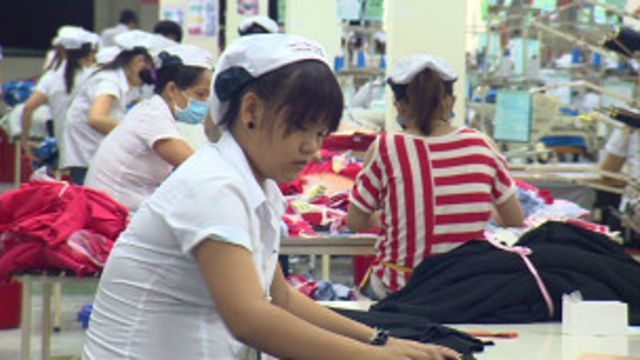 Hà Nội muốn Hoa Kỳ giảm thuế cao đánh vào hàng da giầy và dệt may xuất khẩu vào thị trường Mỹ
