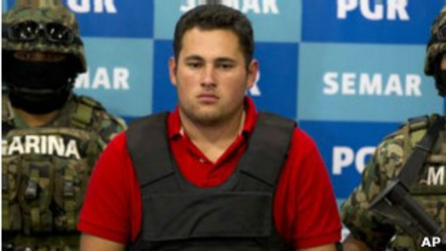 """El supuesto hijo de """"El Chapo"""" Guzmán fue presentado ante los medios."""