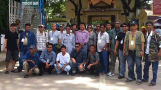 ABSDF ကိုယ်စားလှယ် အဖွဲ့ဟာ တာချီလိတ် ဘက်ကနေ ရန်ကုန်ကို သွားရောက်တာ ဖြစ်ပါတယ်