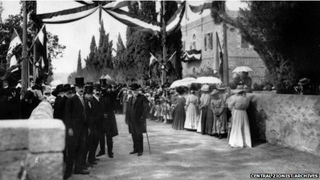 سفر قیصر آلمان به بیتالمقدس در سال ۱۸۹۸ رویداد مهمی برای تمپلرها بود