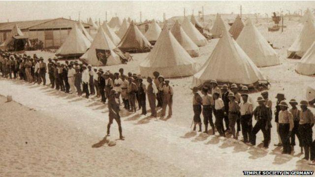 بعد از جنگ جهانی اول، صدها نفر از تمپلرها به مصر تبعید شدند، و در آنجا در اردوگاههای مخصوص اسرا زندگی کردند