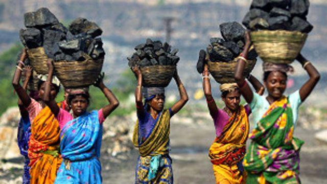 اس فیصلے سے بھارت کے مختلف حصوں میں دو لاکھ کروڑ روپے کے پراجیکٹ متاثر ہوسکتے ہیں
