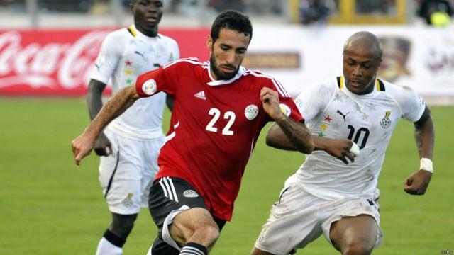 وكان أبو تريكة يأمل بالمشاركة في كأس العالم 2014 لكن هزيمة مصر 6-1 أمام غانا الثلاثاء الماضي جعلت تحقيق هذا الحلم أمرا مستحيلا.