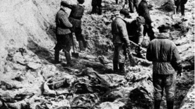 Liên Xô đã tàn sát các tù binh Ba Lan ở Katyn rồi đổ cho Đức