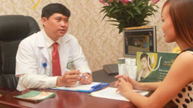 Bác sỹ Nguyễn Mạnh Tường bị khởi tố hai tội danh.