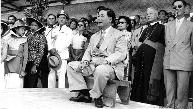 Tổng thống Ngô Đình Diệm hồi năm 1955, ít phút sau một âm mưu ám sát ông