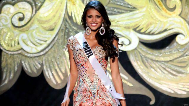 وشاركت ملكة جمال البرازيل، ذات العشرين ربيعا.