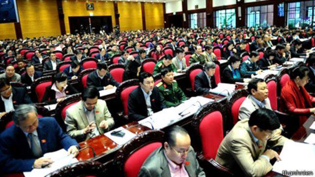 Quốc hội Việt Nam họp thông qua Hiến pháp sửa đổi