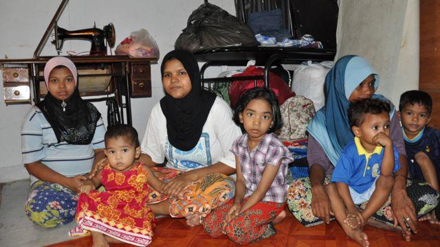 Perempuan dan anak-anak di Cheras Baru