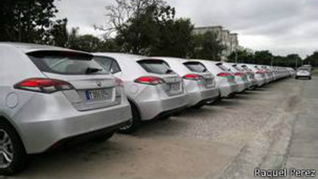 Autos en Cuba