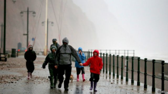 Штормовая погода в Великобритании