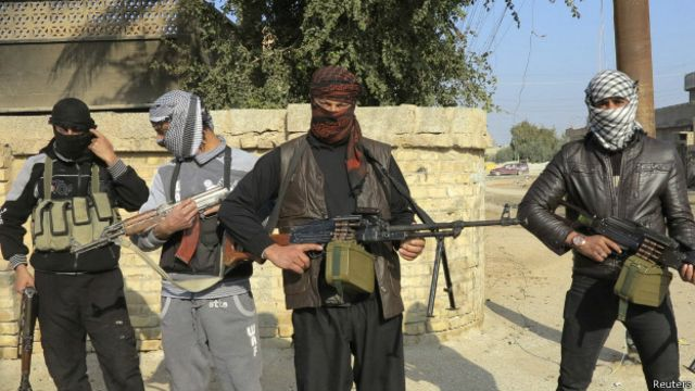 يسيطر المسلحون على الفلوجة واجزاء من الرمادي بمحافظة الانبار
