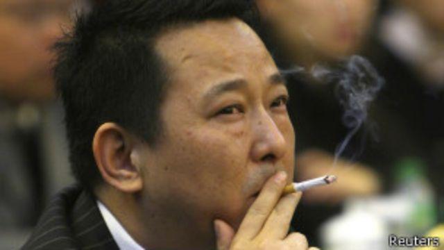 ဂိုဏ်းဖွဲ့ ပြစ်မှုတွေနဲ့ စွဲချက်တင်ခံရတဲ့ အထင်ကရ စီးပွားရေးလုပ်ငန်းရှင် Liu Han